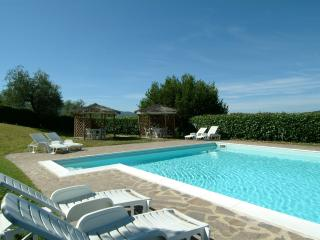 Comfortable 4 bedroom Condo in Rufina - Rufina vacation rentals
