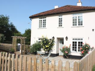 Nice 1 bedroom B&B in Loddon with Internet Access - Loddon vacation rentals