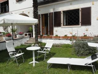 casa con belvedere sul lago di garda - Riva Del Garda vacation rentals