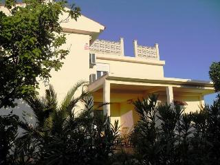 4 bedroom Villa with Internet Access in Tortosa - Tortosa vacation rentals