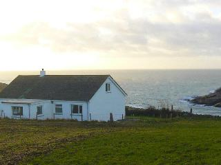 Bright 3 bedroom Cottage in Drummore with Internet Access - Drummore vacation rentals