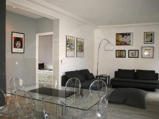 Forville Delux Cannes Vacation Home with a Terrace - Cannes vacation rentals