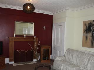 Nice Condo with Internet Access and Washing Machine - Peebles vacation rentals