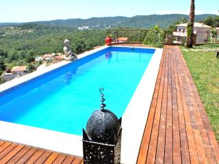Villa Rouge contemporaine luxe - Lloret de Mar vacation rentals