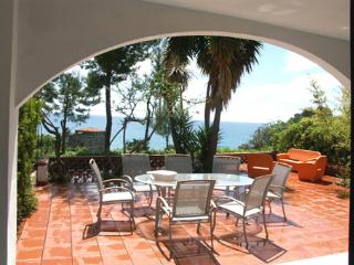 Cozy 3 bedroom Villa in San Mauro Cilento - San Mauro Cilento vacation rentals