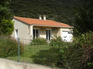 Perfect 2 bedroom Villa in Arles-sur-Tech - Arles-sur-Tech vacation rentals