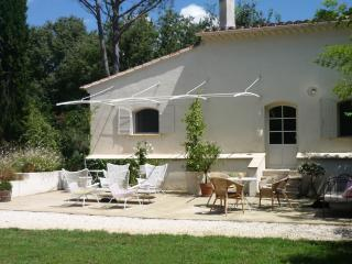 Nice House with Internet Access and Wireless Internet - Althen-des-Paluds vacation rentals