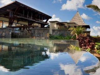 Luxury 4 suites, Villa Naïade, Belle Rivière - Bel Ombre vacation rentals