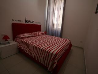 Live Naples -  Home Holidays - Naples vacation rentals