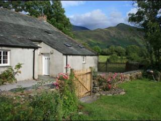 4 bedroom Farmhouse Barn with Internet Access in Bassenthwaite - Bassenthwaite vacation rentals