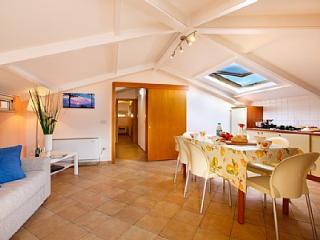 3 bedroom House with Internet Access in Sorrento - Sorrento vacation rentals
