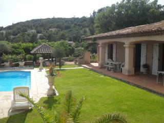 3 bedroom Villa with Internet Access in Cabasse - Cabasse vacation rentals