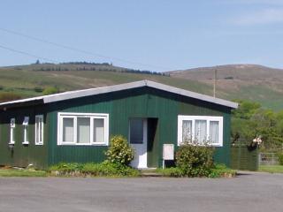 Ty Pren Bach,  Maenclochog, North Pembrokeshire. - Clunderwen vacation rentals