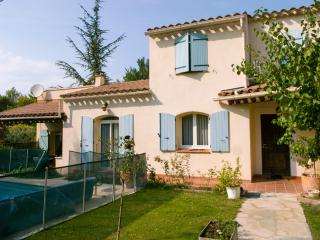 Nice House with Internet Access and Central Heating - Fuveau vacation rentals