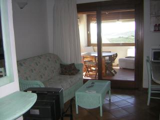 2 bedroom Apartment with Balcony in Golfo Aranci - Golfo Aranci vacation rentals
