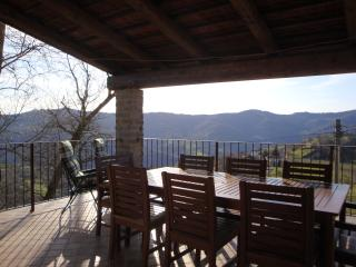 Comfortable 3 bedroom House in Cortemilia - Cortemilia vacation rentals
