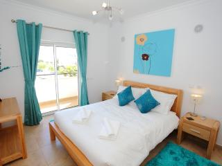 Luxury 3 bed apt with free Wifi in Porto do Mos - Lagos vacation rentals