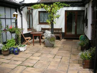 Romantic 1 bedroom Cottage in North Walsham with Internet Access - North Walsham vacation rentals