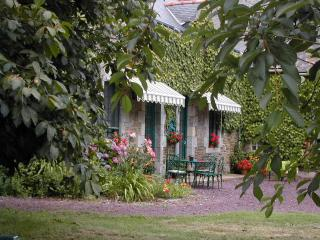 Comfortable Farmhouse Barn with Internet Access and Satellite Or Cable TV - Augan vacation rentals