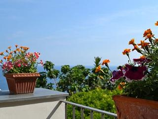 Wonderful House with Deck and Internet Access - Positano vacation rentals