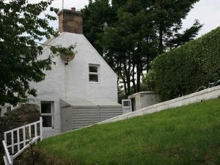 Wonderful 3 bedroom Achiltibuie Cottage with Deck - Achiltibuie vacation rentals