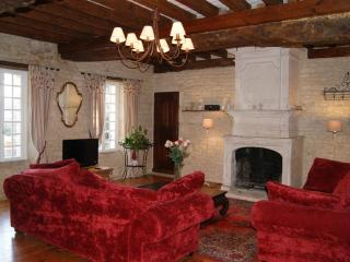 Charming Gite with Internet Access and Satellite Or Cable TV - Falaise vacation rentals