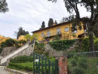 Villa di Campolungo Agriturism: Charming B&B in the Tuscan hills of Fiesole - Fiesole vacation rentals