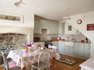 2 bedroom Cottage with Internet Access in Bradford-on-Avon - Bradford-on-Avon vacation rentals