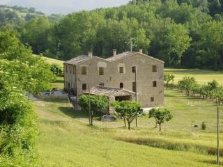 Lovely Bed and Breakfast with Internet Access and Wireless Internet - Cupramontana vacation rentals