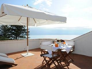 Nice 2 bedroom Maiori House with Internet Access - Maiori vacation rentals
