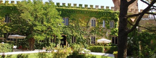 13 bedroom Villa in Campiglia Marittima, Costa Toscana, Tuscany, Italy : ref 2230258 - Image 1 - Campiglia Marittima - rentals