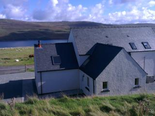 Luxury Cottage with WIFI and amazing views, in Glendale, Isle of Skye - Glendale vacation rentals