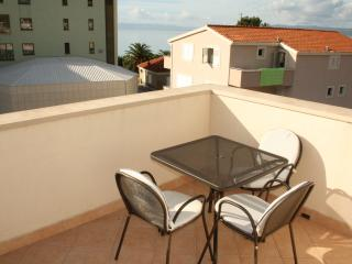 Apartments Premeru  A/2+1 - Makarska vacation rentals