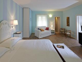 La vecchia latteria - B&B - Gardone Riviera vacation rentals