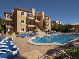 Cala San Vicente pool apt 525 - Cala San Vincente vacation rentals