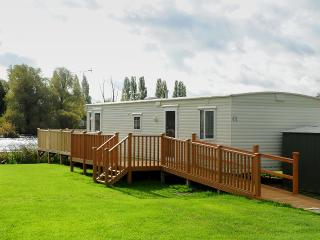 Nice Caravan/mobile home with Boat Available and Television - Great Billing vacation rentals