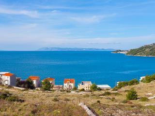 Apartments Filipovic A2 - Drasnice vacation rentals