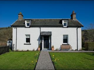 2 bedroom Cottage with Television in Inverness - Inverness vacation rentals