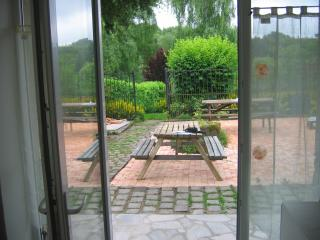 Nice Condo with Internet Access and Washing Machine - Le Mont-Dore vacation rentals