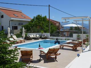 Apartments Brico - A2 (2+2) - Arbanija vacation rentals