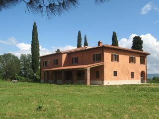 3 bedroom Bed and Breakfast with A/C in Cicogna - Cicogna vacation rentals