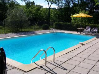 Gorgeous Villa in Anduze with Dishwasher, sleeps 6 - Anduze vacation rentals