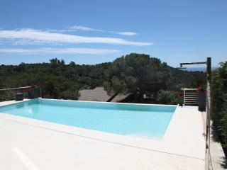 Perfect Villa in Lloret de Mar with Internet Access, sleeps 16 - Lloret de Mar vacation rentals