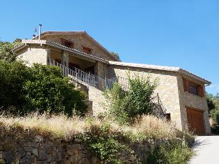Charming 3 bedroom Cottage in Huesca - Huesca vacation rentals