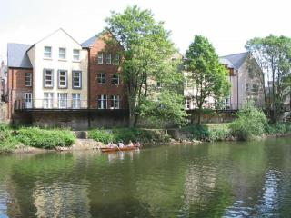 Durham Riverside Apartment - Kingsgate Bridge View - Durham vacation rentals