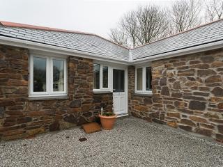 Lovely 2 bedroom Portreath Barn with Internet Access - Portreath vacation rentals