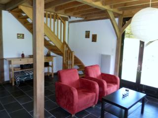Wonderful 3 bedroom Gite in Mauzac-et-Grand-Castang - Mauzac-et-Grand-Castang vacation rentals