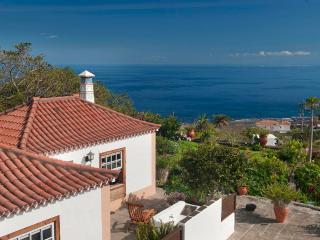 Romantic 1 bedroom Villa de Mazo House with Internet Access - Villa de Mazo vacation rentals