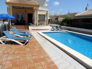 Wonderful 3 Bed Villa with Swimming Pool Sleeps 8 - La Marina vacation rentals