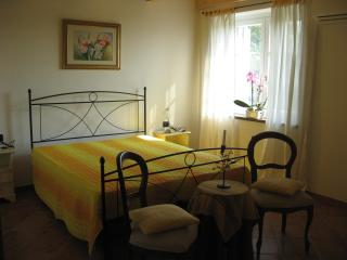 1 bedroom Condo with Internet Access in Cossano Belbo - Cossano Belbo vacation rentals